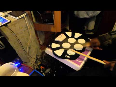 """'The Gadget Guy' Testing Out The """"Roll Up Drum Kit Kit W-758"""""""