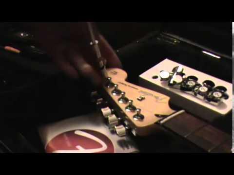 Fender Staggered Locking Tuner Install