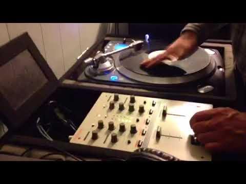 New Roland DJ-99 Mixer Quick Scratch Test