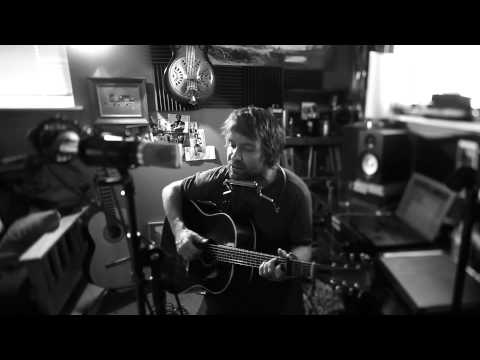 Tim Easton - Four Queens featuring the MA-200 Mojave Audio Microphone