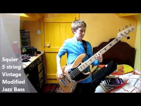 Squier 5 String Vintage Modified Jazz Bass - Quick Demo