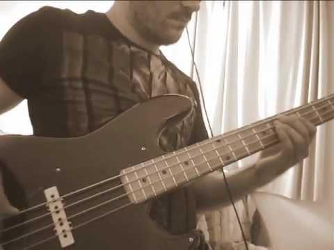 Play Along Bass - Dimarzio Pickups DP123