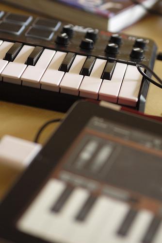 best midi keyboard for garageband