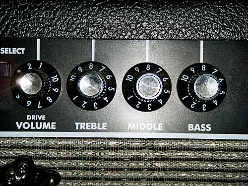 cheap bass amp head, best cheap bass amp, cheap bass guitar amp
