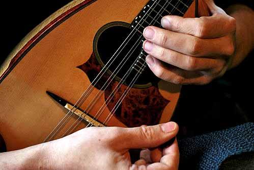 best mandolin for the money, best cheap mandolin, affordable mandolin