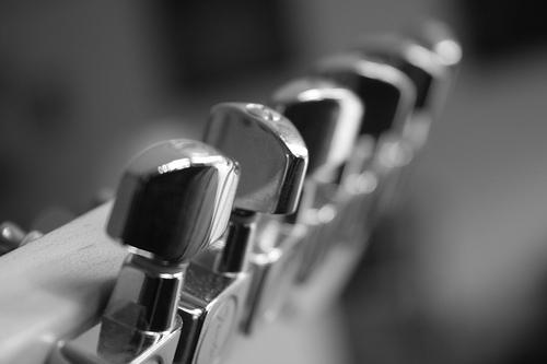 best locking tuners for les paul, locking tuners for prs se, best locking tuners, locking tuners guitar, guitar locking tuners, gibson locking tuners