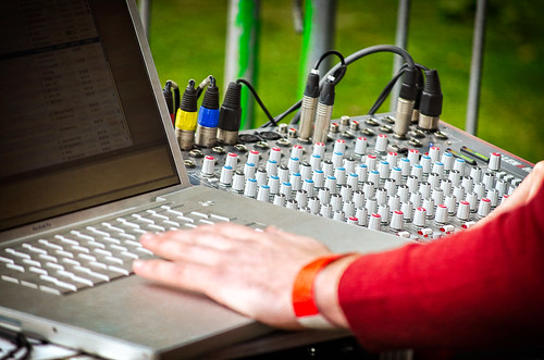 allen and heath vs Mackie, allen & heath vs Mackie, mackie vs allen and heath