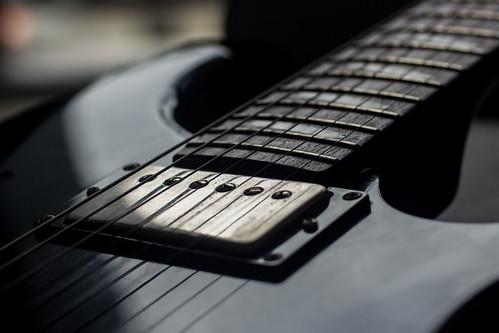 best guitar for stoner rock, stoner rock guitar rig, stoner rock guitar sound, stoner rock guitar tone, stoner rock guitar